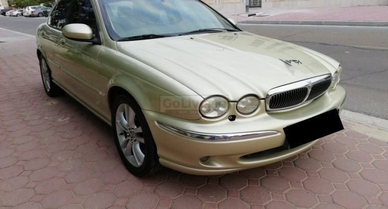 JAGUAR X-TYPE 2006,AWD 3.0, GCC, TOP OF LINE,WELL MAINTAINED,SUNROOF,LEATHER SEATS,ACCIDENT FREE