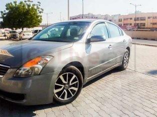 2009 Nissan Altima 165000KM ( car on sale )
