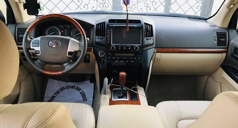 Toyota landcruiser 4.6 V8 GXR