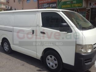 TOYOTA HIACE DELIVERY VAN – 2011