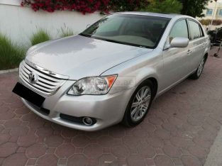 TOYOTA AVALON 2009, LIMITED, TOP OF THE LINE, GCC, FULL SERVICE HISTORY, WELL MAINTAINED