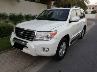 TOYOTA LAND CRUISER 2013,TOP OF THE LINE,V6 GXR,GCC,SUNROOF,ACCIDENT FREE