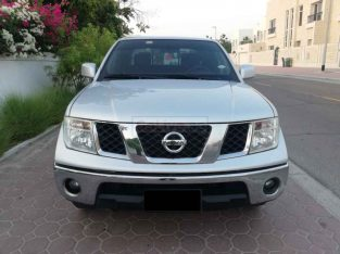 NISSAN NAVARA 2014,SE GCC,AUTOMATIC,ACCIDENT FREE,AGENCY MAINTAINED,93000KM ONLY
