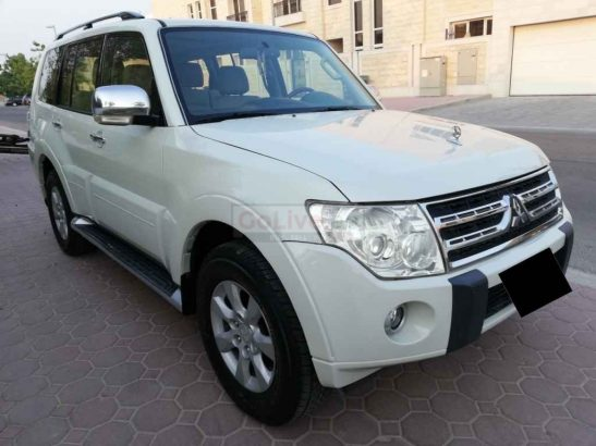 MITSUBISHI PAJERO 2010,GLS 3.5L,V6,TOP OF THE LINE,SUNROOF,LEATHER SEATS,WELL MAINTAINED