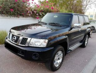 NISSAN PATROL 2017,4800 VTC,21000KM ONLY,MID OPTION,LEATHER SEATS,4WD,ORIGINAL PAINT,ACCIDENT FREE