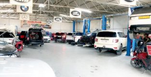 Range Rover Land Rover Special Oil Change Service Offer at Turkia Auto Workshop in 350 AED