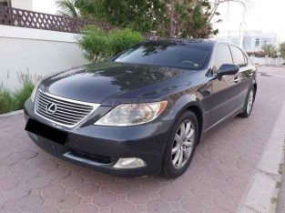 LEXUS LS 460 2007,TOP OF THE LINE.PERFECT CONDITION,SUNROOF,LEATHER SEATS
