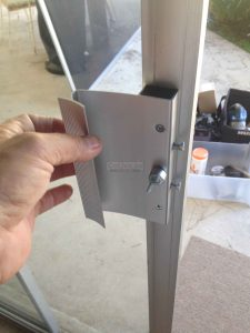DOOR REPAIRING IN DUBAI 055-7274240