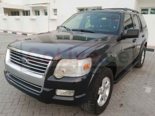 FORD EXPLORER XLT 2010 GCC SPECS 7 SEATER SUV 4WD