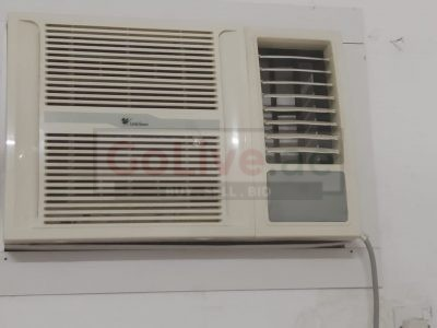 Killer Deal! 2 ton ac for sale.Only 425 dirhams!