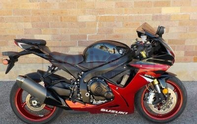 Suzuki gsx r750cc available for sale