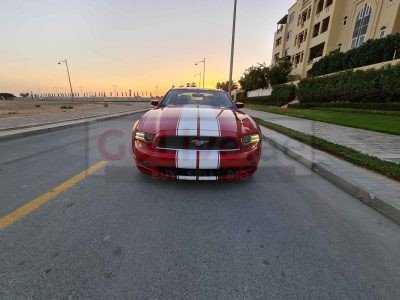 FORD MUSTANG 2013 V6, 3.7L FULLY LOADED ONLY 58000 MILES DRIVEN IN PERFECT CONDITION