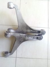 INFINITI G37 G25 G35 EX35 REAR UPPER CONTROL ARMS LEFT AND RIGHT OEM PART NO 55501-1BA0A ( Genuine Used Infiniti Parts )