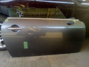 MINI COOPER 2010 R56 RHD RIGHT SIDE DOOR OEM ( Genuine Used MINI Parts )