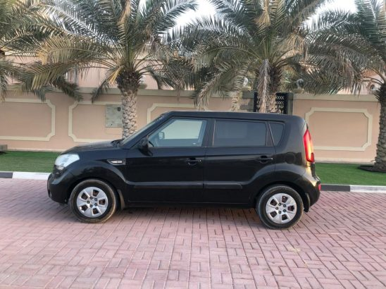 KIA SOUL 2013 MID OPTION,FRESH IMPORT,PERFECT CONDITION 95500 MILES,WELL MAINTAINED