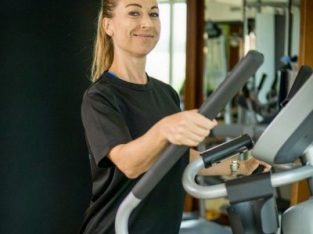 Female Professional Personal Trainer and Nutritionist