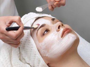EXPERIENCED AND TALENTED MAKE UP ARTIST, FOR IN HOME BEAUTY SERVICES
