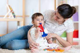 Am searching for a nanny / housekeeping job