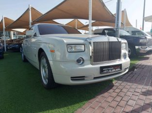 Rolls Royce Fantom 2010 AED 400,000, GCC Spec, Full Option, Turbo, Sunroof, Navigation System, Negotiable