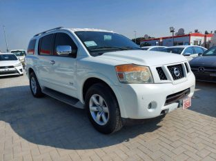 Nissan Armada 2012 AED 35,000, GCC Spec, Good condition, Full Option, Sunroof, Navigation System, Fog Lights, Negotiable