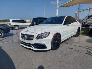 Mercedes Benz C-Class 2016 AED 160,000, Good condition, Full Option, US Spec, Sunroof, Negotiable
