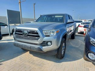 Toyota Tacoma 2019 AED 85,000, Good condition, Warranty, Full Option, US Spec, Navigation System, Fog Lights, Negotiable