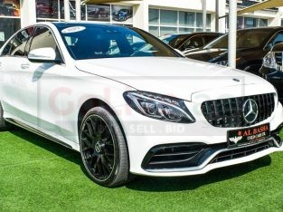 Mercedes Benz C-Class 2017 AED 95,000, Good condition, Full Option, US Spec, Sunroof, Navigation System