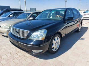 Lexus LS-Series 2003 AED 18,000, Full Option, US Spec, Sunroof, Fog Lights, Negotiable