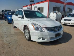 Nissan Altima 2010 AED 10,500, GCC Spec, Negotiable