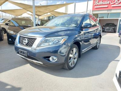 Nissan Pathfinder 2013 AED 33,000, Warranty, Full Option, US Spec, Sunroof, Lady Use, Navigation System, Fog Lights, Negotiable,