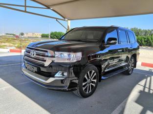 Toyota Land Cruiser 2018 AED 185,000, Japanese Spec, GCC Spec, Full Option, Sunroof, Lady Use, Navigation System, Fog Lights, Full