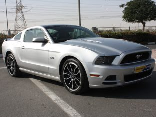 Ford Mustang 2014 AED 49,000, Full Option, Full Service Report