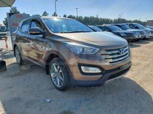Hyundai Santa Fe 2015 AED 41,000, GCC Spec