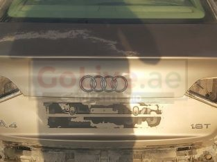 AUDI A4 2009 TO 2012 REAR TRUNK LID PART NO PART NO 8K5827023AE ( Genuine Used AUDI Parts )