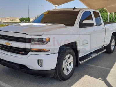 Chevrolet Silverado 2018 AED 88,000, Good condition, Warranty, Full Option, US Spec, Turbo, Fog Lights, Negotiable