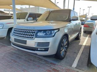 Range Rover Vogue 2015 AED 175,000, GCC Spec, Good condition, Full Option, Sunroof