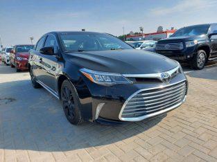 Toyota Avalon 2017 AED 65,000, Good condition, Full Option, US Spec, Navigation System, Fog Lights