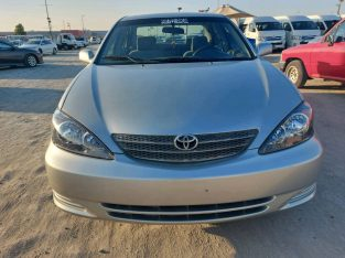 Toyota Camry 2003 AED 11,000, Full Option, US Spec, Sunroof, Negotiable