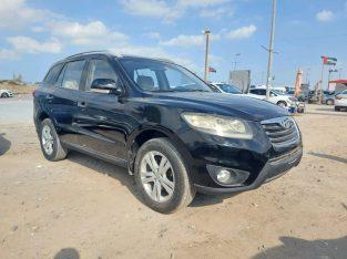 Hyundai Santa Fe 2012 AED 23,000, GCC Spec, Negotiable