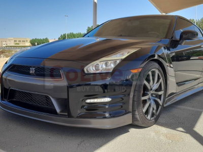 Nissan GT-R 2015 AED 215,000, GCC Spec, Good condition, Full Option, Sunroof, Negotiable