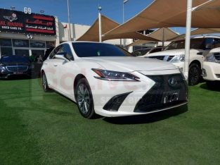Lexus ES-Series 2020 AED 180,000, Japanese Spec, Good condition