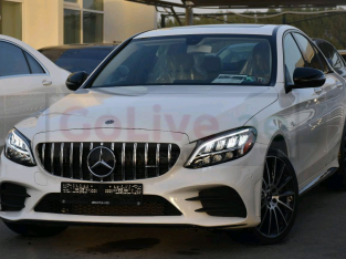 Mercedes Benz C-Class 2019 AED 135,000, Good condition, Warranty, Full Option, Turbo, Sunroof, Navigation System, Fog Lights