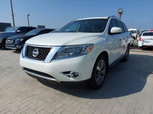 Nissan Pathfinder 2014 AED 45,000, Good condition, Full Option, US Spec, Navigation System, Fog Lights