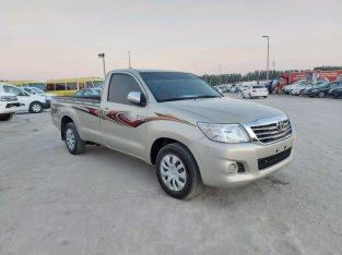 Toyota Hilux 2015 AED 49,000, GCC Spec, Negotiable