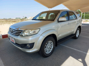 Toyota Fortuner 2013 AED 44,000, GCC Spec, Good condition, Warranty, Full Option, US Spec, Lady Use, Fog Lights, Negotiable,