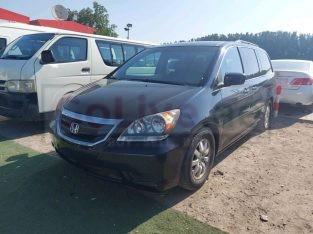 Honda Odyssey 2008 AED 12,000, Full Option, US Spec, Sunroof, Fog Lights, Negotiable