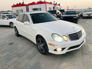 Mercedes Benz 300/350/380 2009 AED 17,000, Good condition, Full Option, US Spec, Family, Sunroof, Navigation System, Fog Lights, N