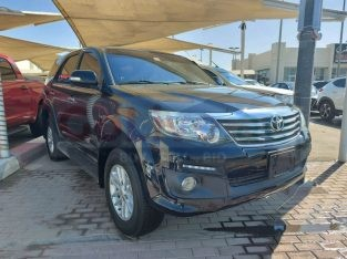 Toyota Fortuner 2015 FOR SALE