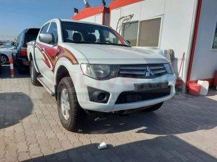 Mitsubishi Pickup 2015 for sale