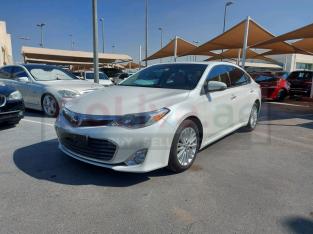 Toyota Avalon 2013 GCC Spec, Good condition for sale